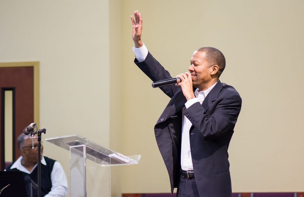 pastor-willie-harris-jr-04